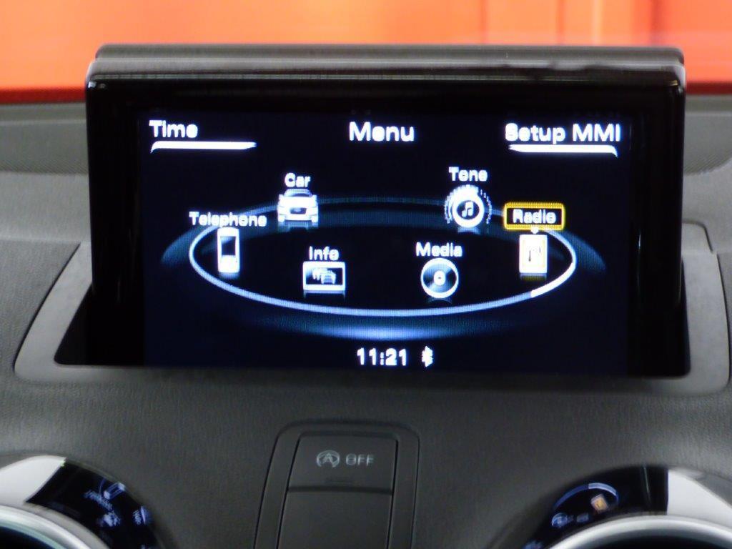 A1 Sportback 1.0 TFSI 95CV Adrenalin ultra S-line 10