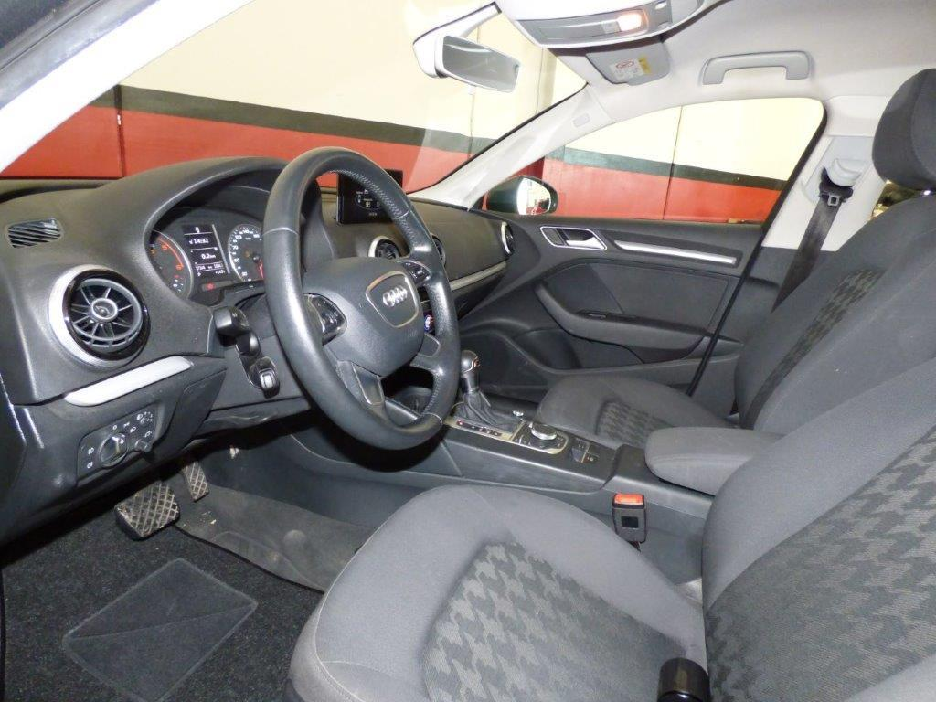 A3 Sportback 1.6 TDI 110CV Atraction Stronic 3