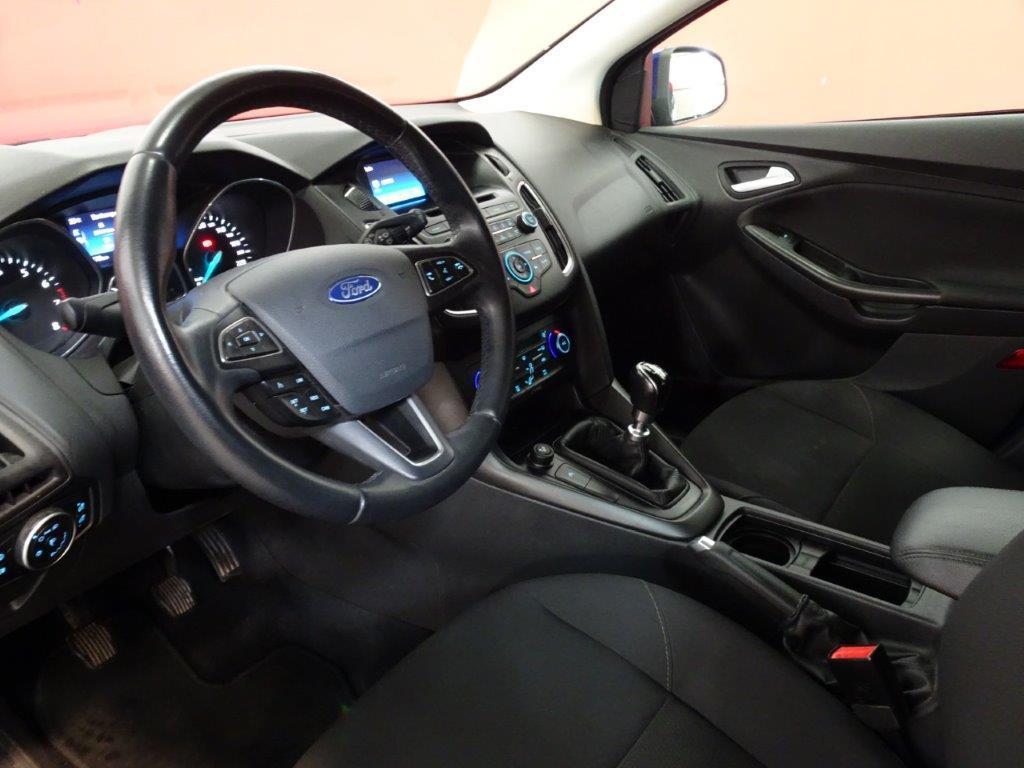 Focus Sportbreak 1.0 Ecoboost 125CV Trend+ 13