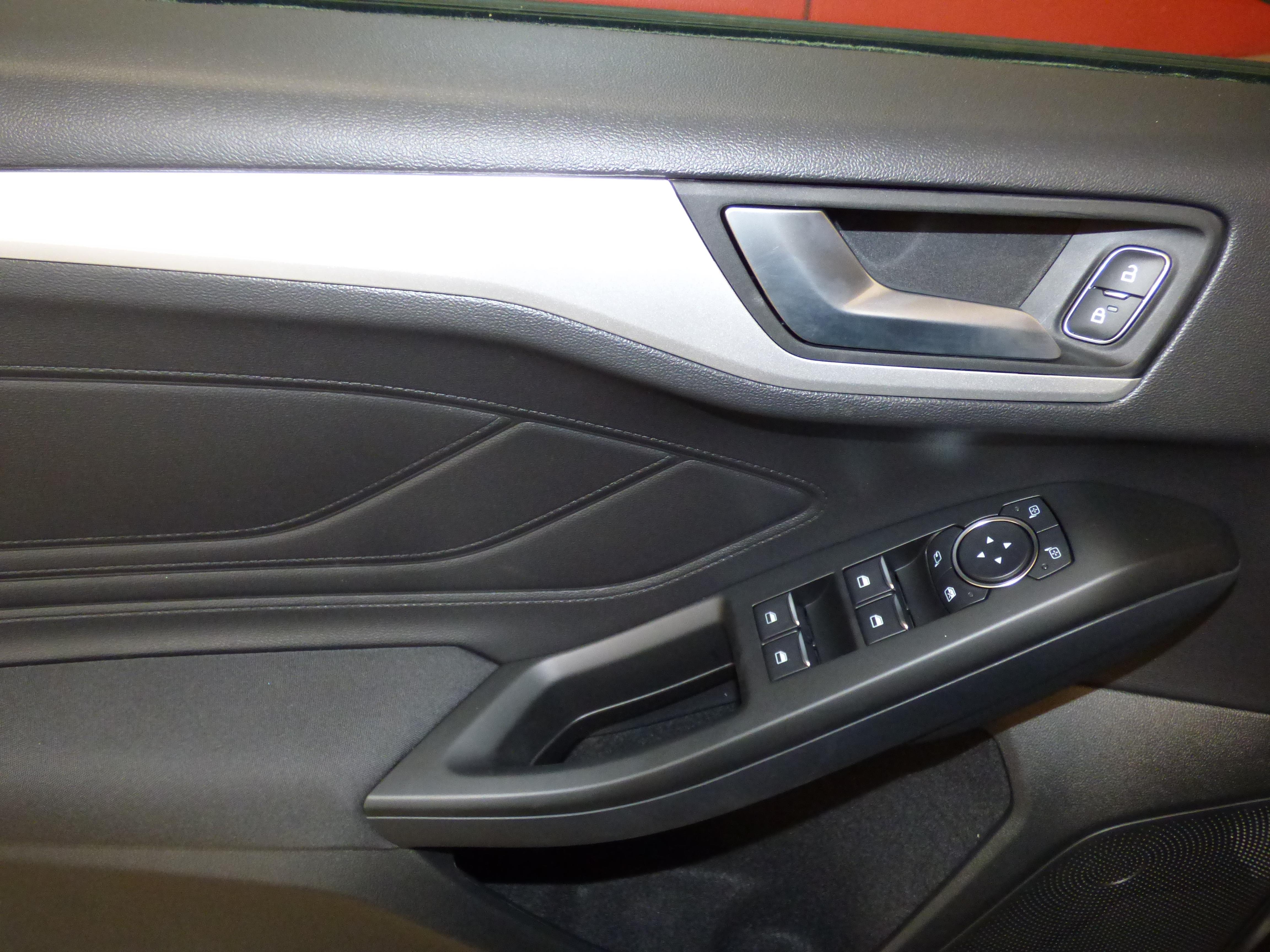 New Focus 1.0 Ecoboost 125CV Trend+ 3