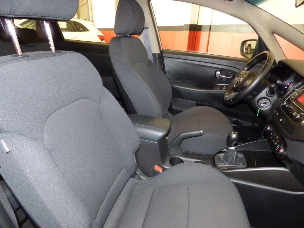 Carens 1.7 CRDI 115CV Concept 7 Plazas 10