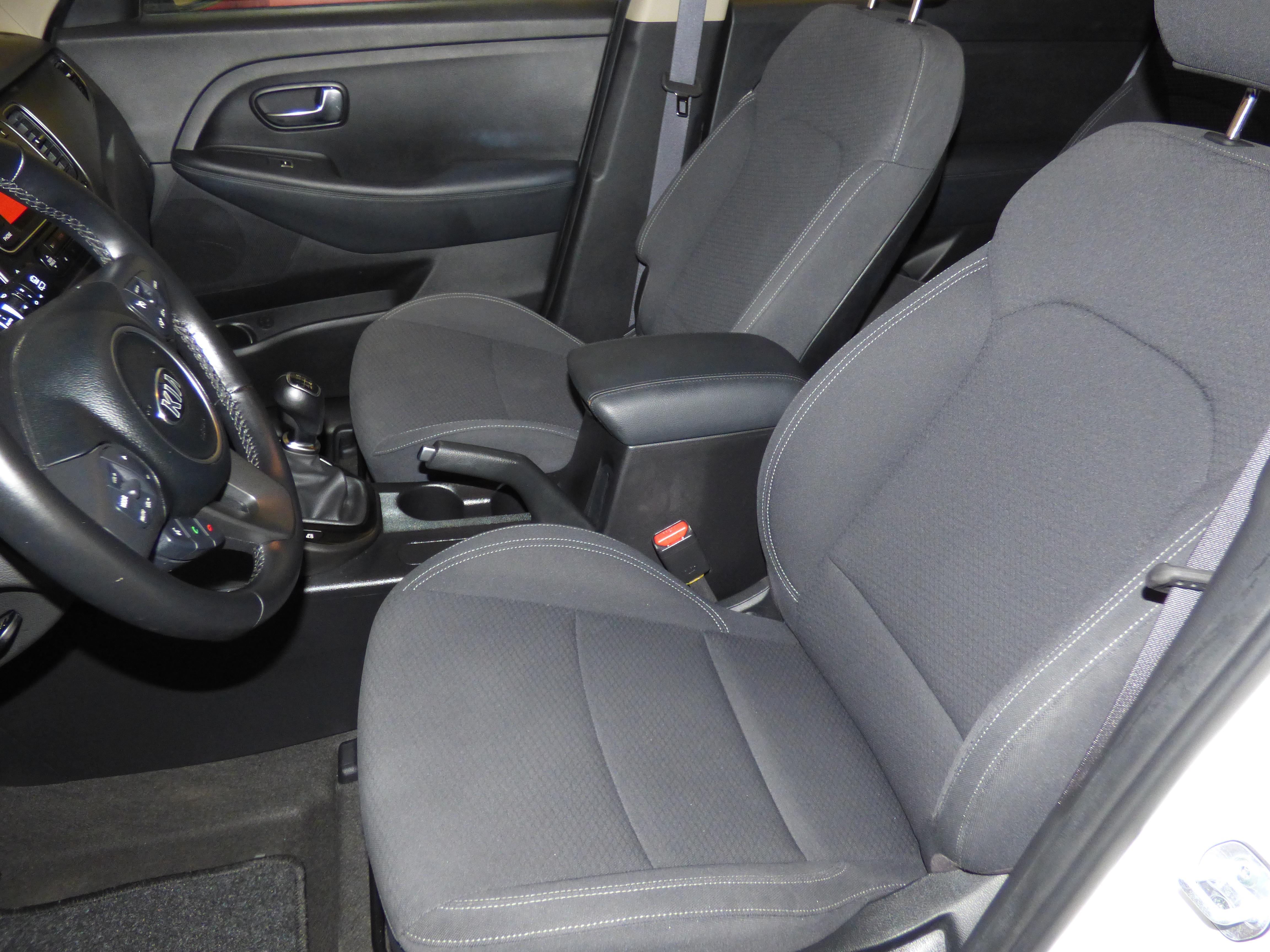 Carens 1.7 CRDI 115CV Concept 7 Plazas 4