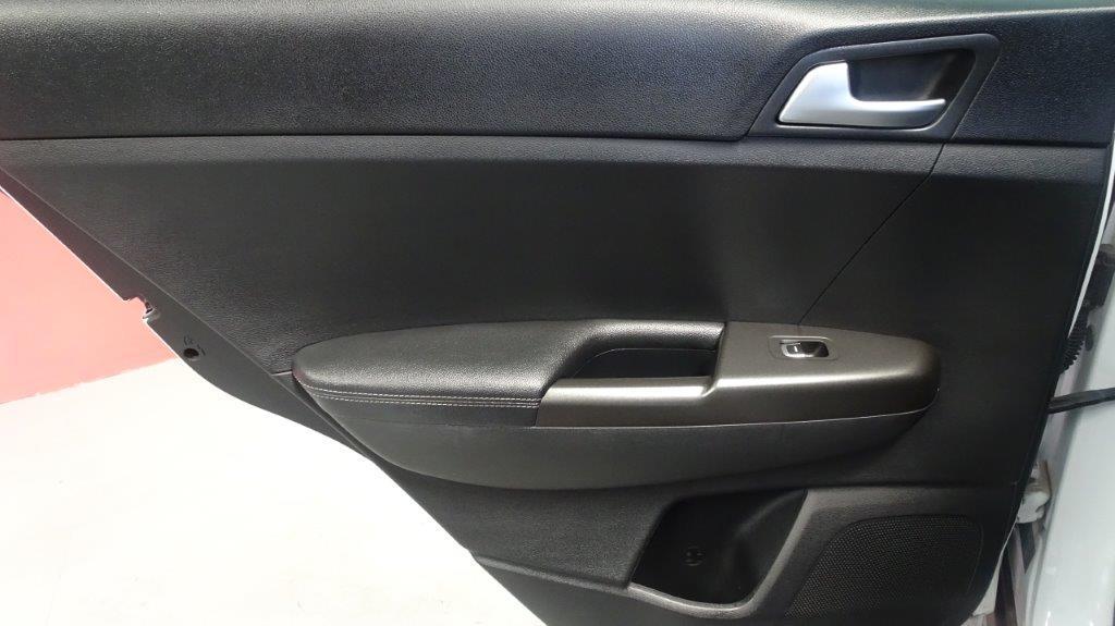 Sportage 1.7 CRDI 115CV X-Tech Pack Total 11