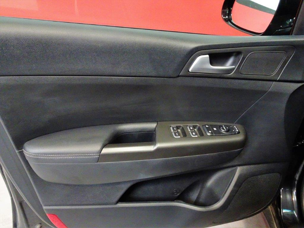 Sportage 1.7 CRDI 115CV X-Tech Pack Total 12