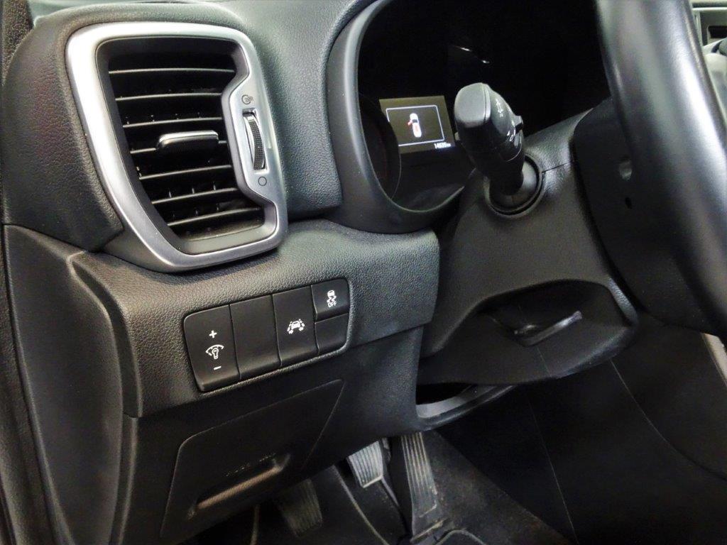 Sportage 1.7 CRDI 115CV X-Tech Pack Total 13