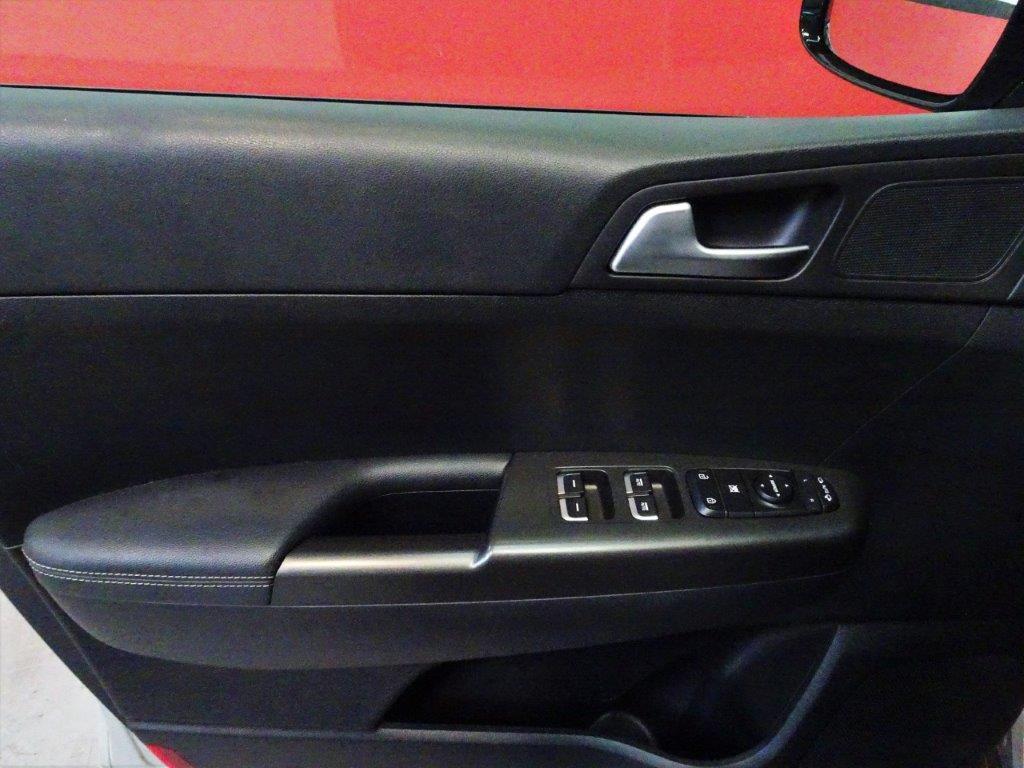 Sportage 1.6 GDI 132CV X-Tech 12
