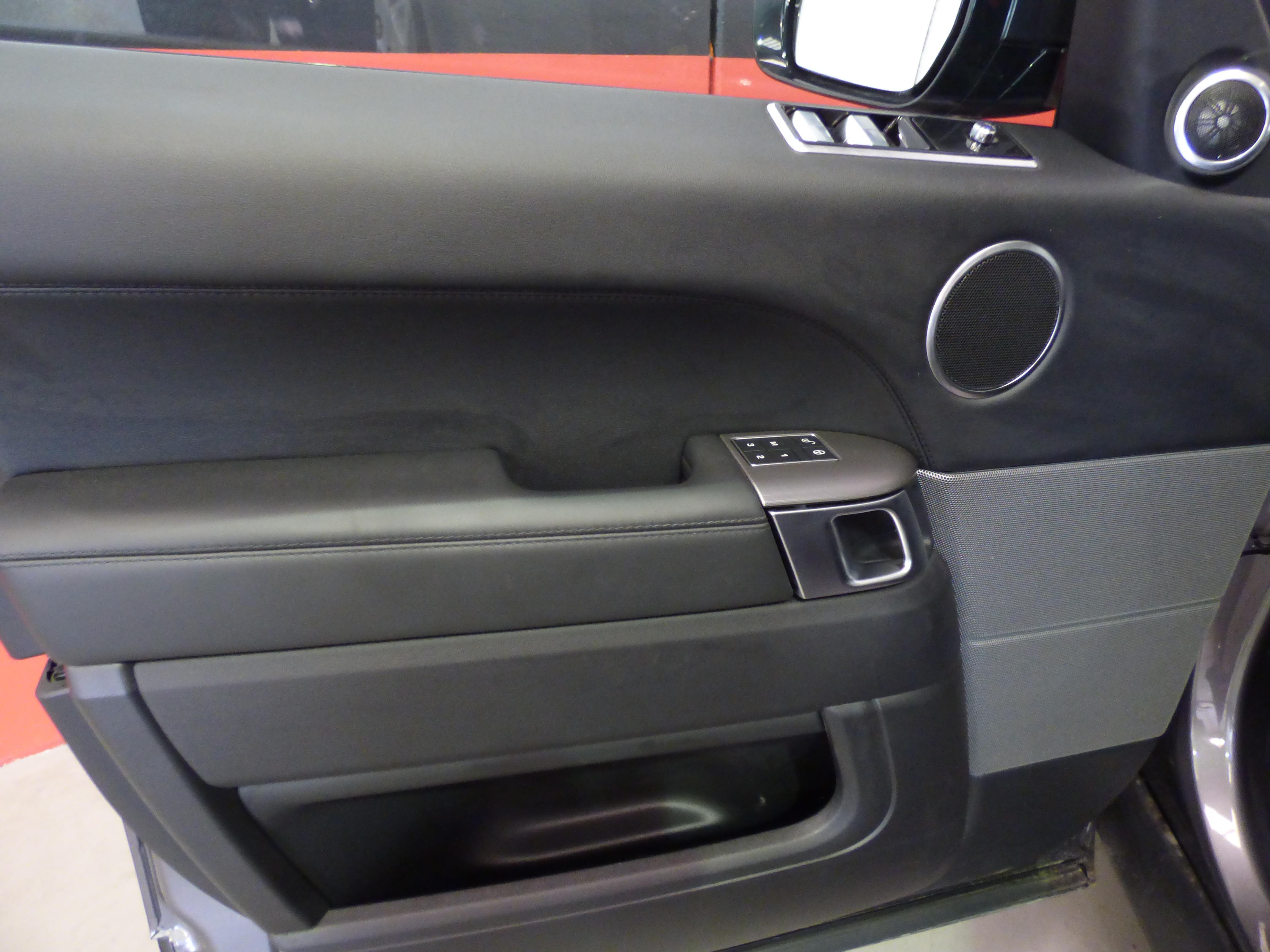 Range Rover Sport 3.0 TDV6 258CV HSE MY 2018 9