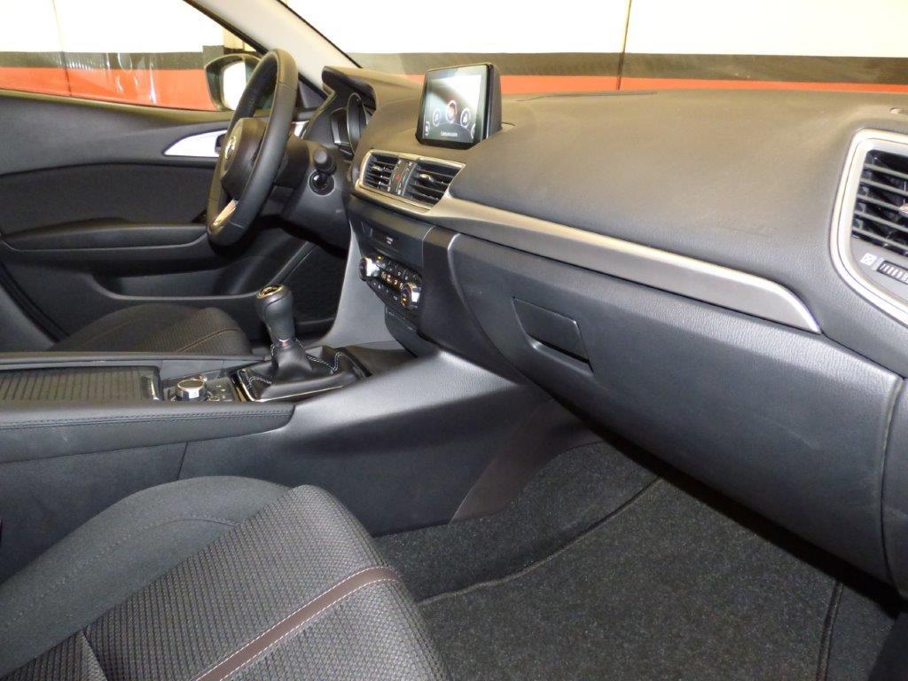 Mazda 3 2.0 Skyactiv 120CV Style Confort + Navi 9
