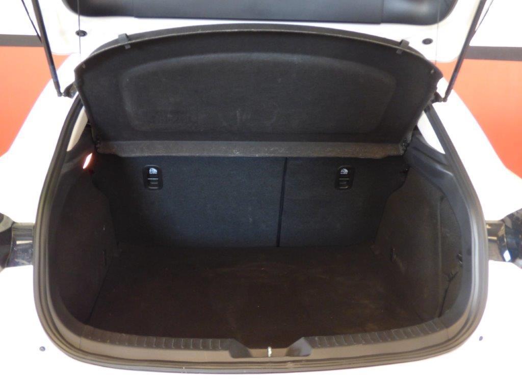Mazda 3 2.0 Skyactiv 120CV Style Confort + Navi 15