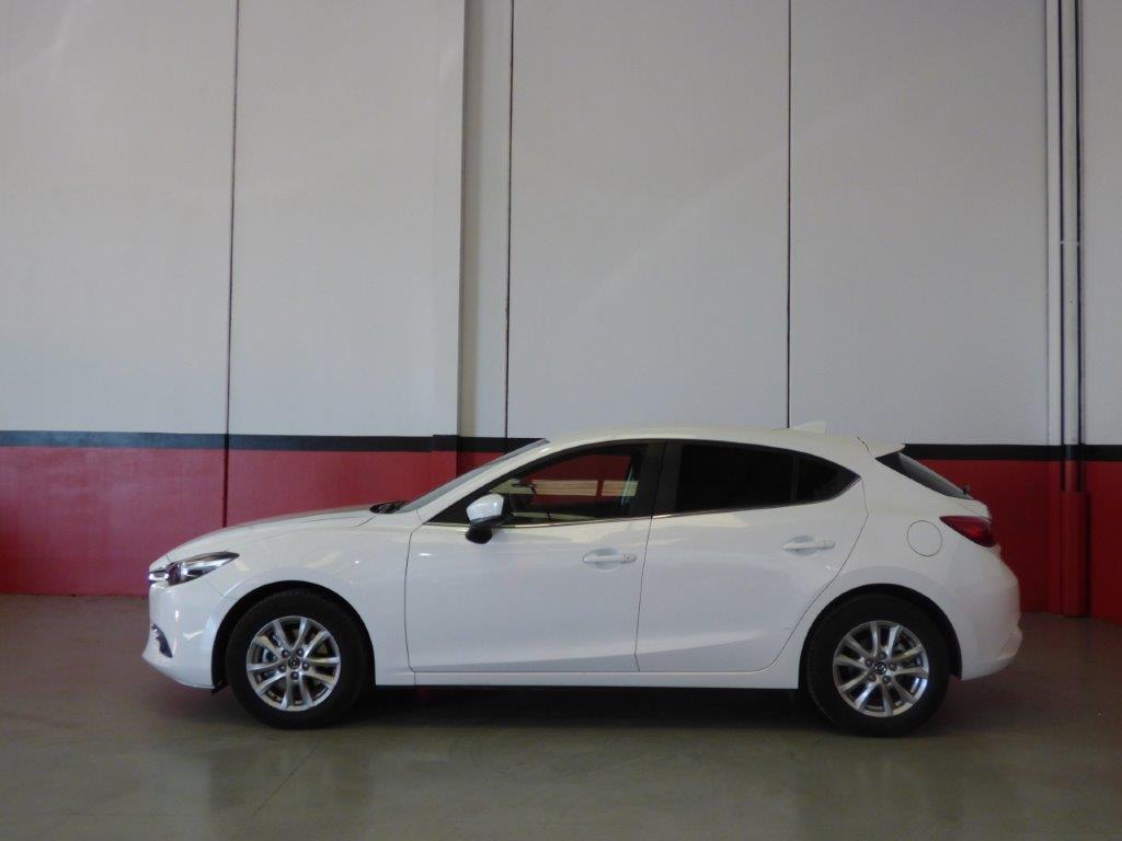 Mazda 3 2.0 Skyactiv 120CV Style Confort + Navi 18