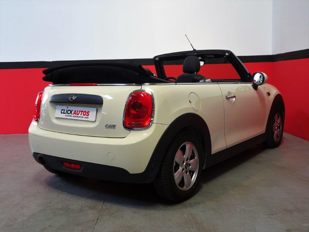 One Cabrio . 7