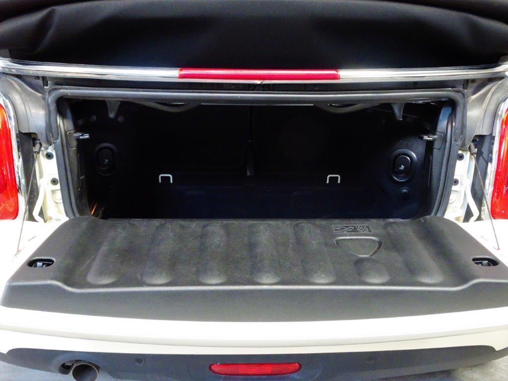 One Cabrio . 8