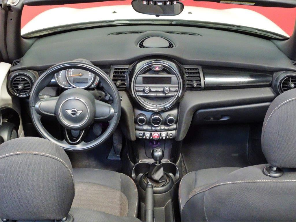 One Cabrio . 13