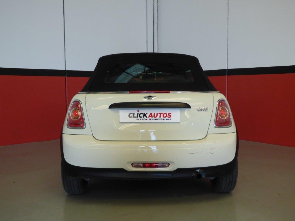One Cabrio 8