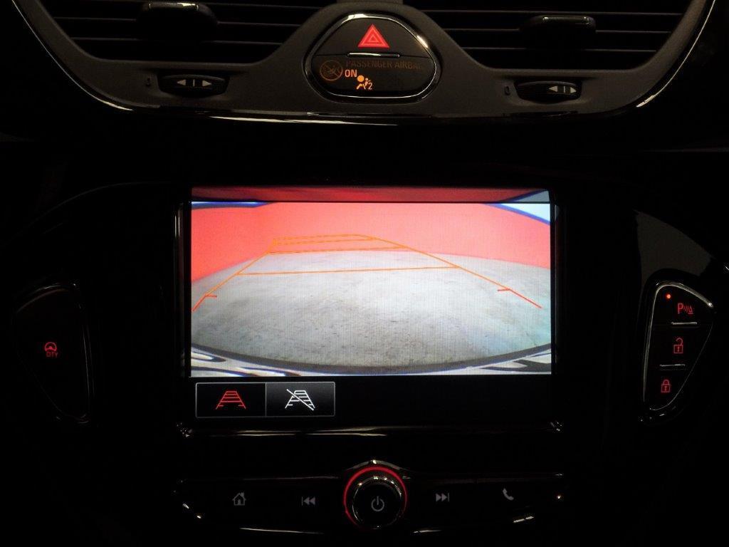 Corsa Automatico 1.4 90CV Design line 5P 10