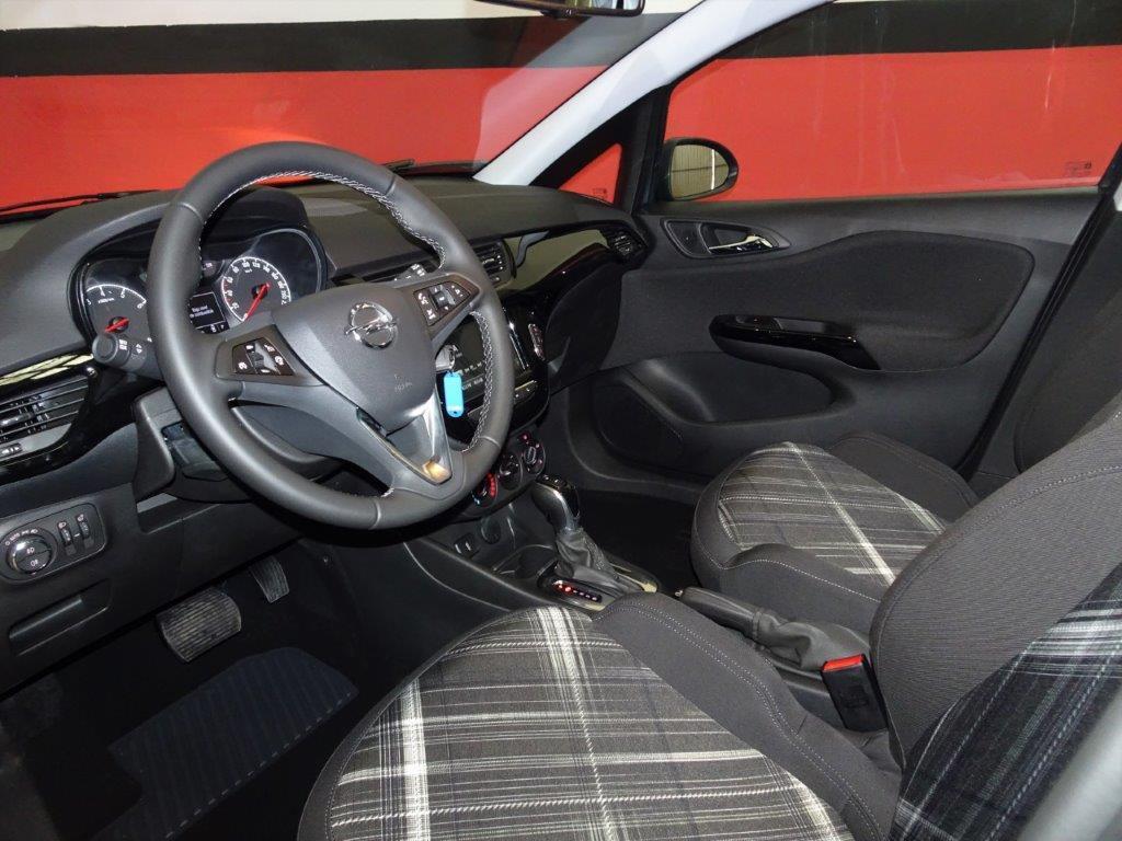 Corsa Automatico 1.4 90CV Design line 5P 15