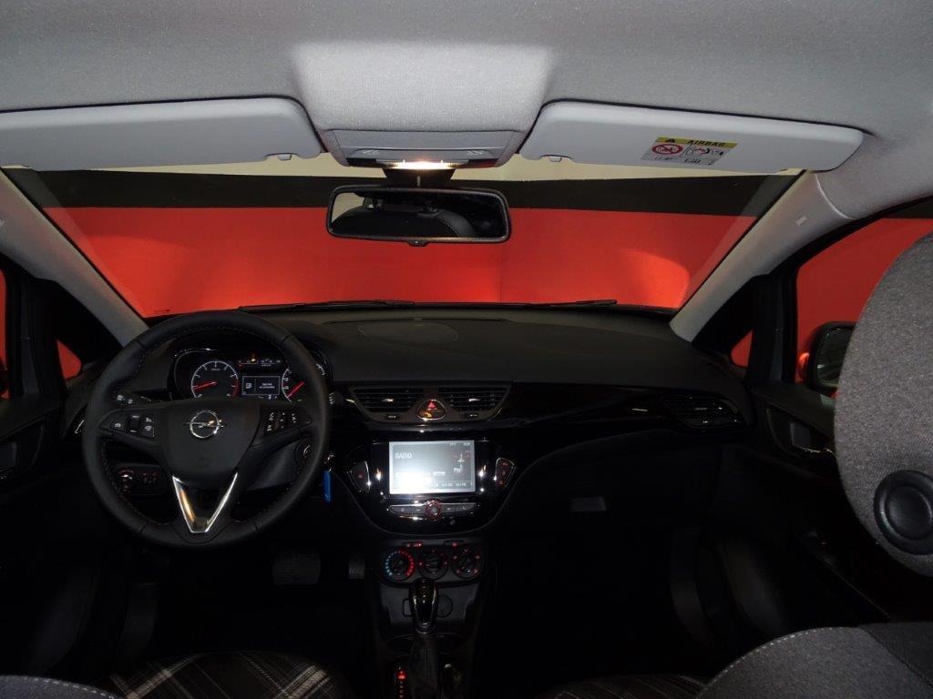 Corsa Automatico 1.4 90CV Design line 5P 9