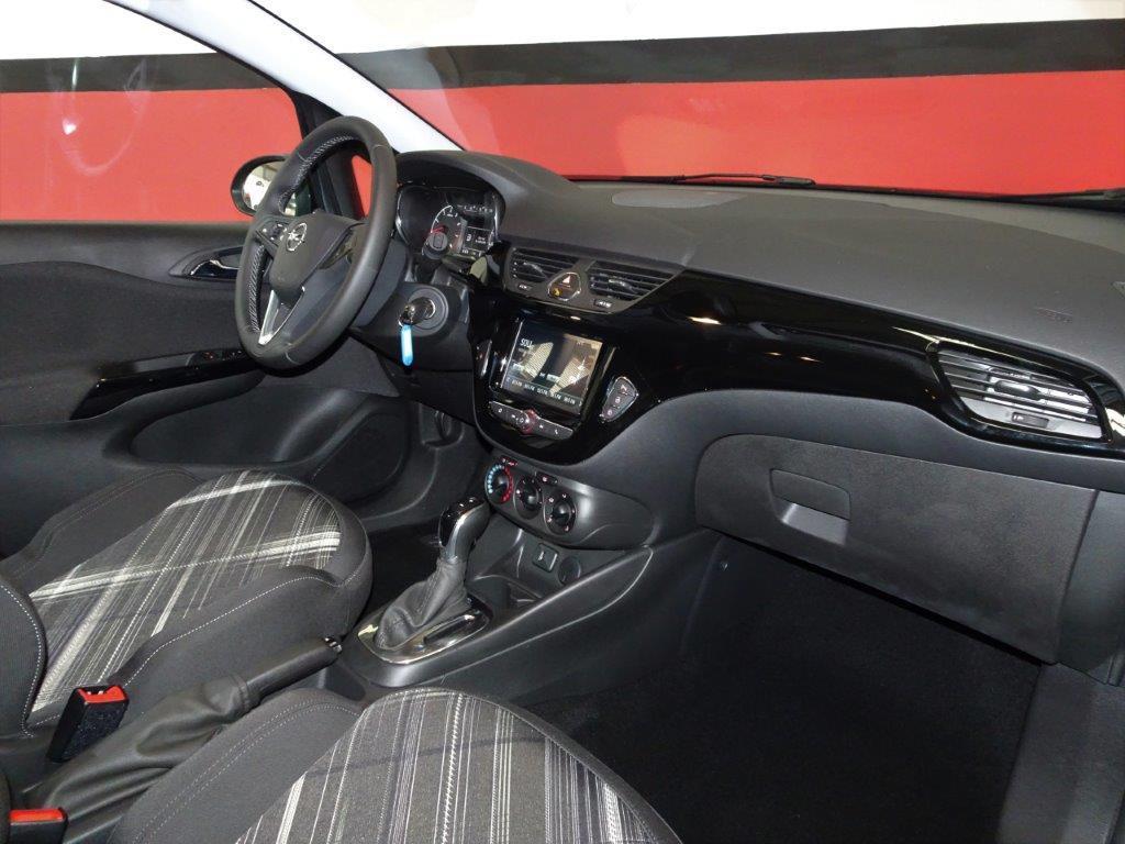 Corsa Automatico 1.4 90CV Design line 5P 14