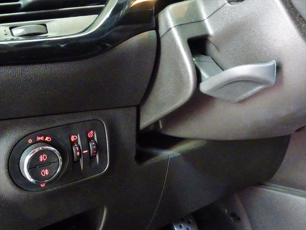 Corsa 1.4 90CV Color edition 5P 12