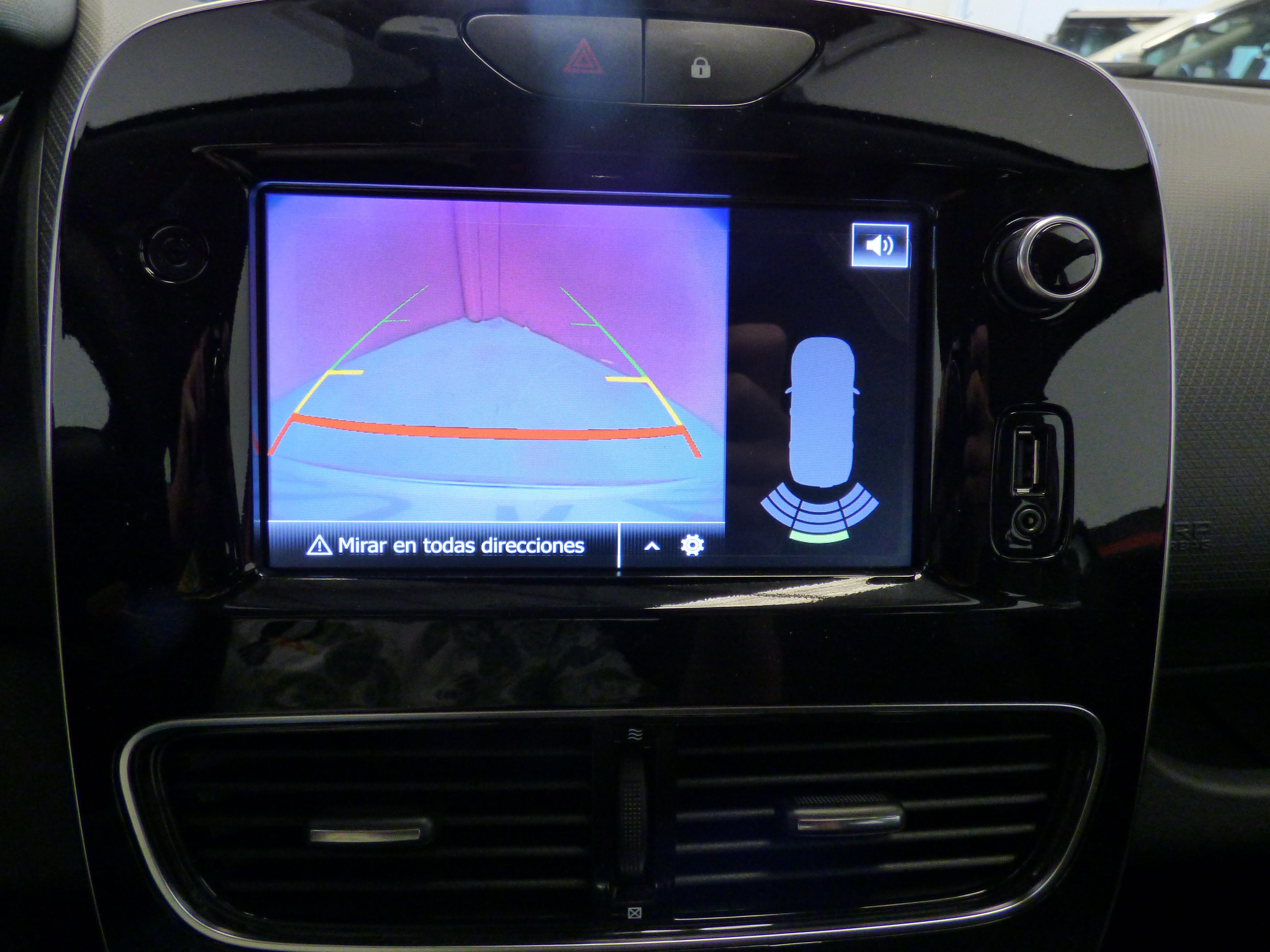 Clio Sport Tourer 0.9 TCE 90CV Zen Energy 12