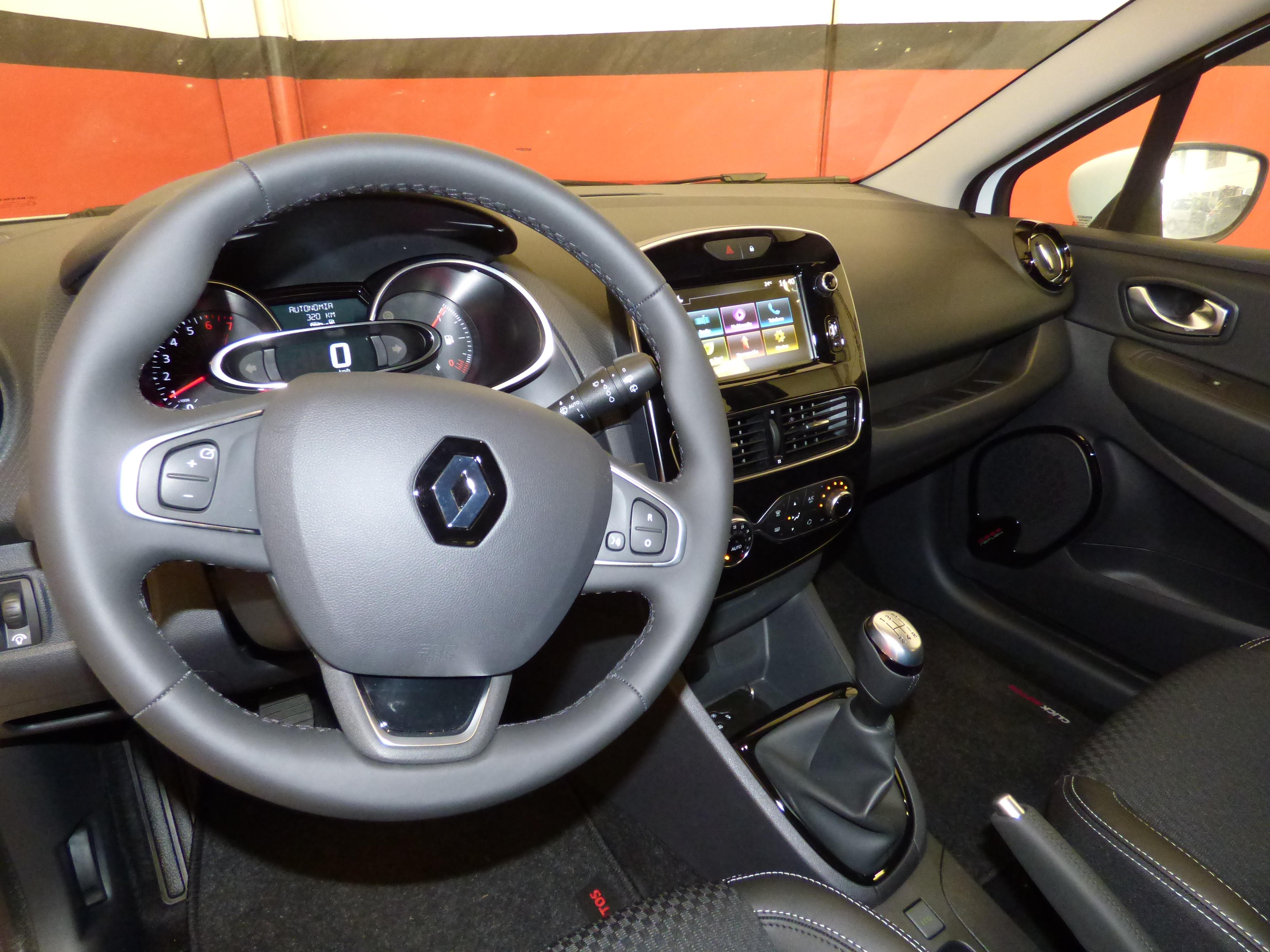 Clio Sport Tourer 0.9 TCE 90CV Zen Energy 9