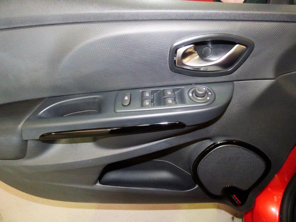 Clio 1.5 DCI 90CV Dynamique GT Sport 6