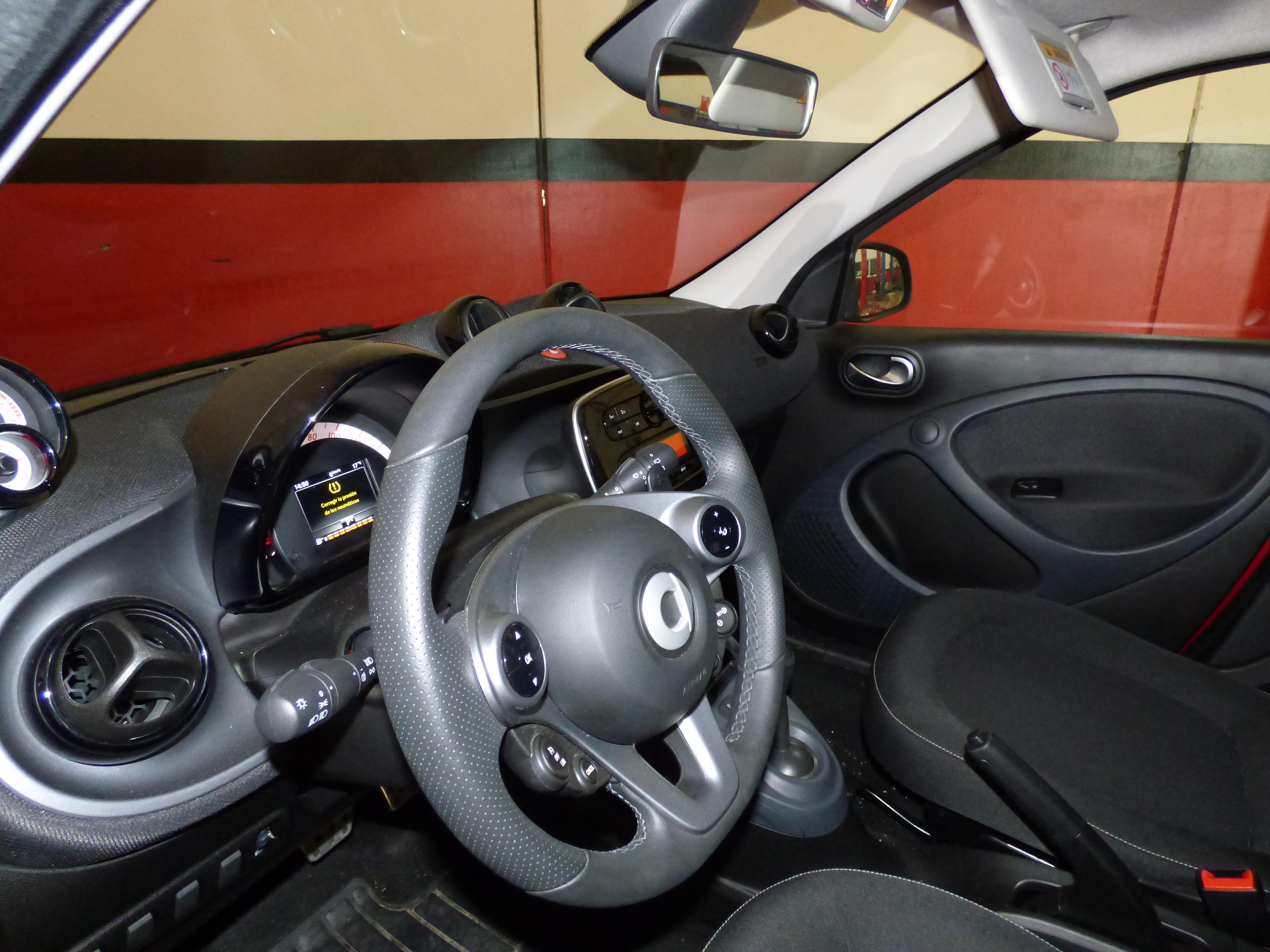 Forfour 0.9 Turbo 90CV Automatico Passion 6