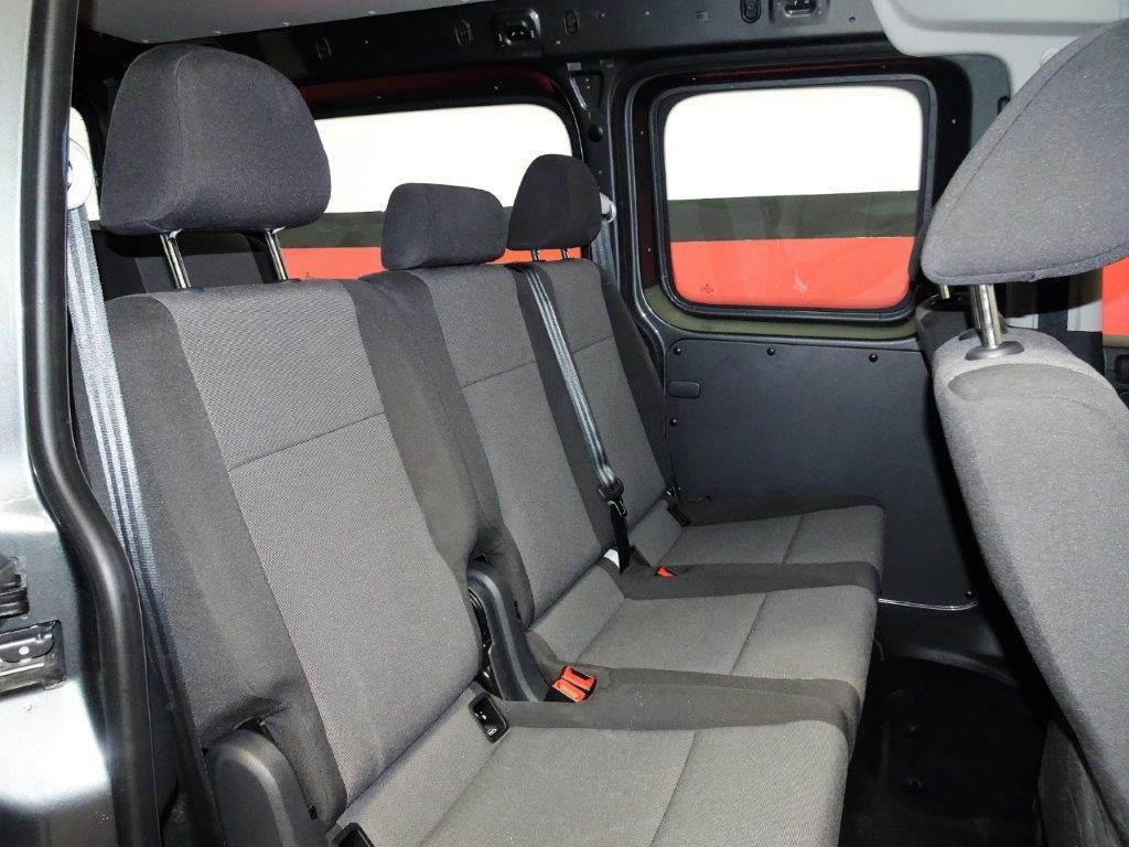 Caddy Maxi 7 Plazas 2.0 TDI 102CV DSG auto 14
