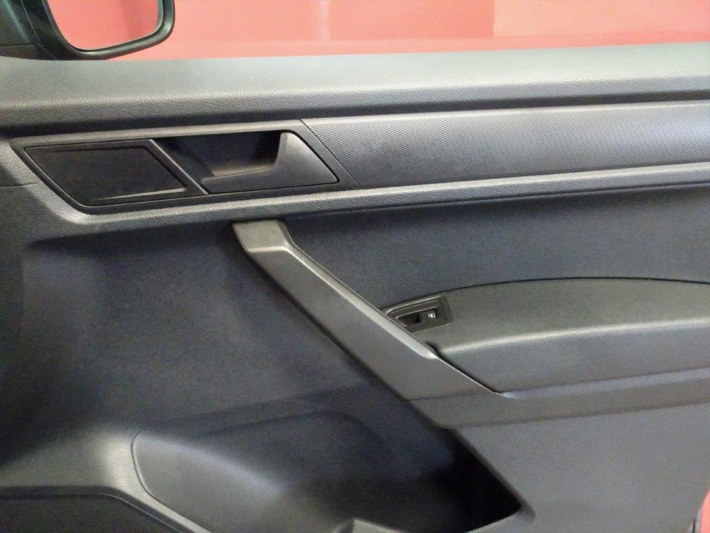 Caddy Maxi 7 Plazas 2.0 TDI 102CV DSG auto 12