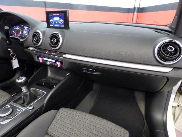 A3 Cabrio 1.6 TDI 110CV Ambition 10