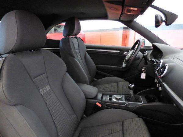 A3 Cabrio 1.6 TDI 110CV Ambition 18