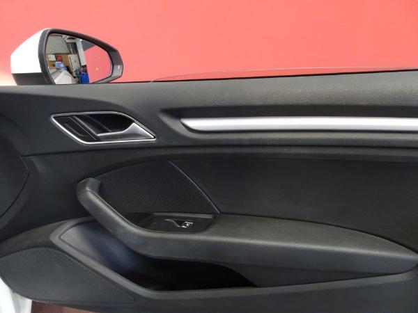 A3 Cabrio 1.6 TDI 110CV Ambition 16