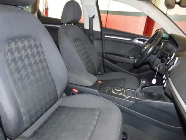 A3 Sportback 1.6 TDI 110CV Atraction Stronic 11