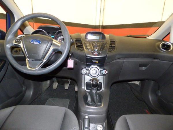 Fiesta 1.2 82CV Trend 5P 9