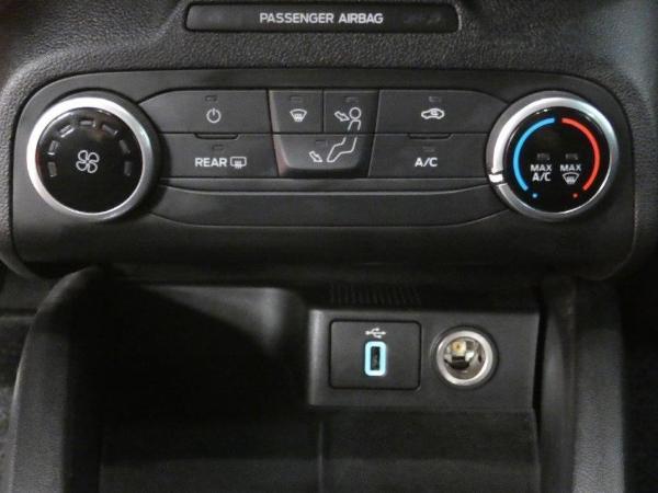 Focus 1.5 Ecoblue 120CV STLine auto 15