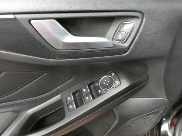 Focus 1.5 Ecoblue 120CV STLine auto 16