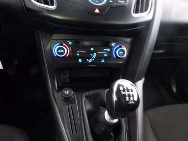 Focus Sportbreak 1.5 TDCI 120CV Trend+ 11