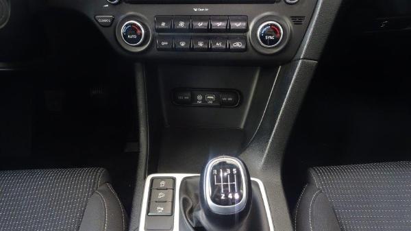 Sportage 1.7 CRDI 115CV X-Tech Pack Total 18