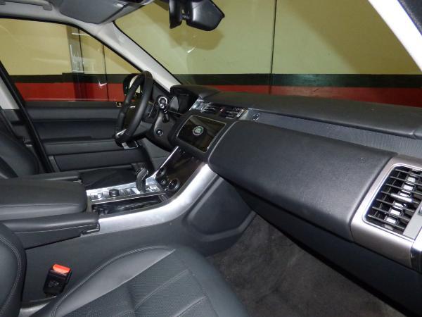 Range Rover Sport 3.0 TDV6 258CV HSE MY 2018 12