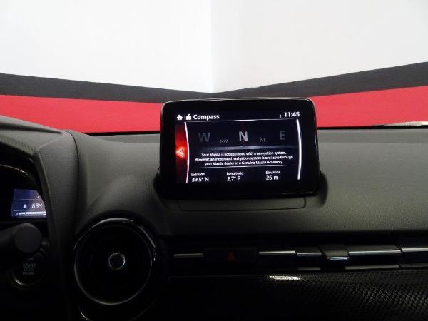 Mazda 2 1.5 90CV Style + confort 11