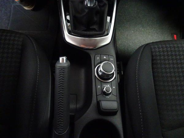 Mazda 2 1.5 90CV Style + confort 13