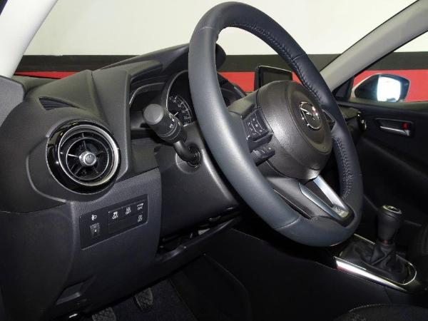 Mazda 2 1.5 90CV Style + confort 12