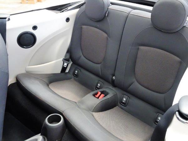 One Cabrio . 10