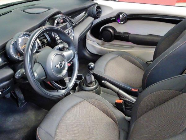 One Cabrio . 11