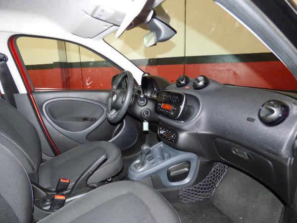 Forfour 0.9 Turbo 90CV Automatico Passion 8